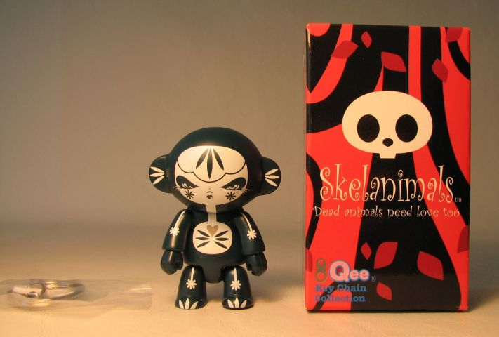 Skelanimals 2.5 inch Series 1 Qee Marcy Julie West