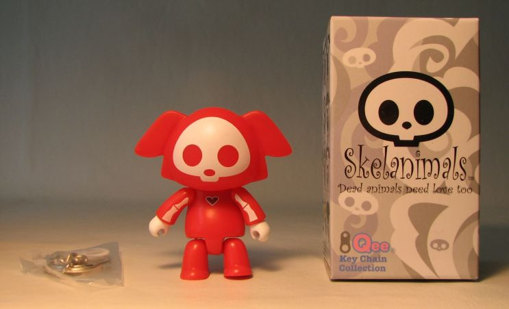 Skelanimals 2.5 inch Series 2 Qee Dax Red