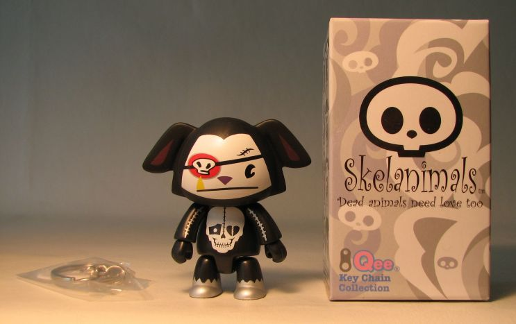 Skelanimals 2.5 inch Series 2 Qee Dax Voltair