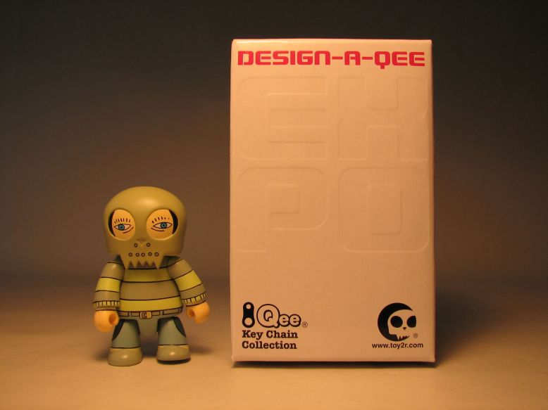 Design-a-Qee 2.5 inch Series 1  Patrick Caffery Toy2R, Qee, Action Figures, 2005, collectible