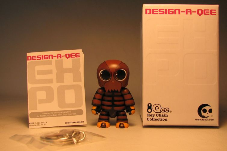 Design-a-Qee 2.5 inch Series 1  The Bug Toy2R, Qee, Action Figures, 2005, collectible