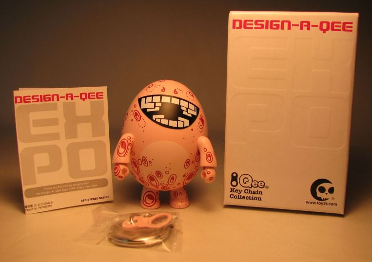 Design-a-Qee 2.5 inch Series 1  Eggtopus Toy2R, Qee, Action Figures, 2005, collectible