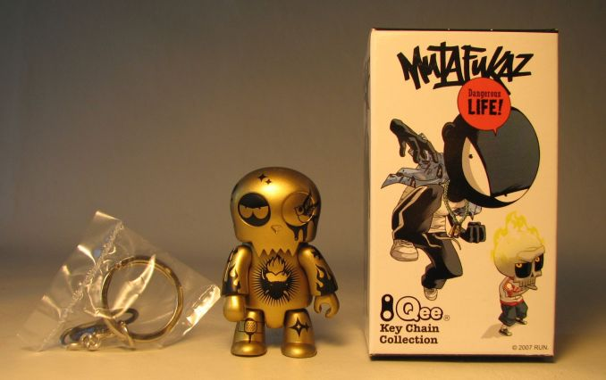 Mutafukaz 2.5 inch Qee Mutafukaz Goldector Toy2R, Qee, Action Figures, 2007, collectible