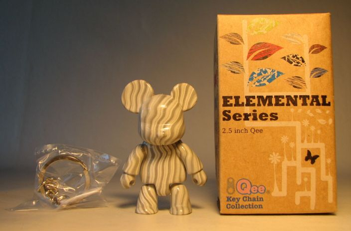 Toy2R Qee 2.5 inch Elemental Series (wood gray) Toy2R, Qee, Action Figures, 2010, collectible