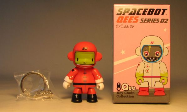 Dalek Series 2 Spacebot 2.5 inch Qee 88 Red Toy2R, Qee, Scifi, 2006, collectible
