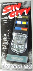 NECA Sin City Prop Replica Badge - Hartigan Police Badge & Pin Set