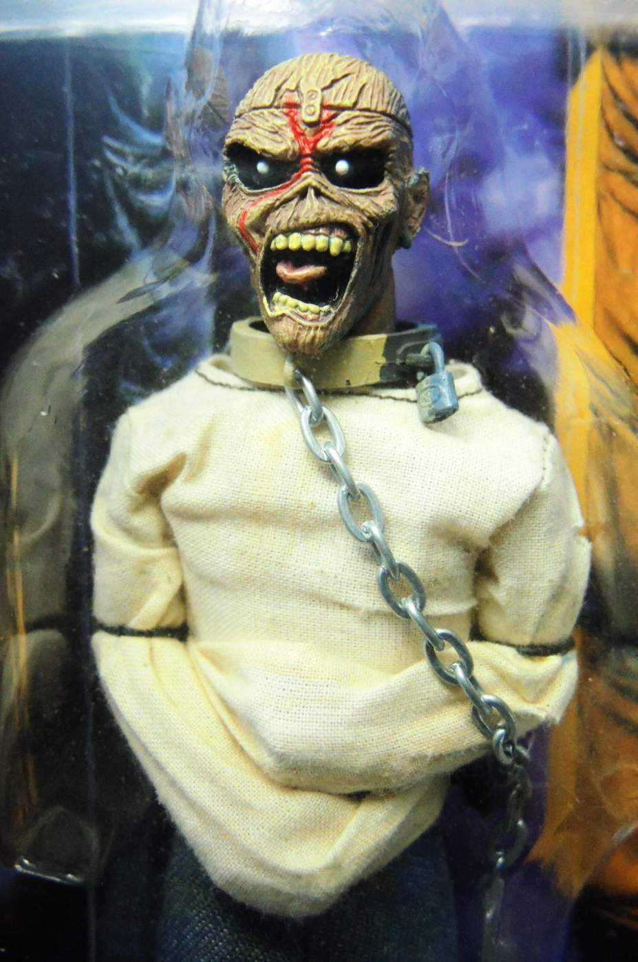 NECA Iron Maiden 8 inch Clothed Figure - Piece of Mind - 8675-8670CCVAVG