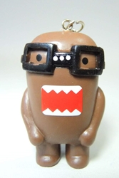 Domo 2 inch keychain - Nerdy Domo (with glasses) China, Domo, Keychains, 2015|Color~brown, kidfare, commercial
