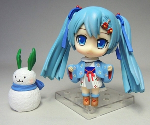 Vocaloid 3.25 inch figure - Wintertime Hatsune Miku (with snowman) Xin Hao, Vocaloid, Action Figures, 2015, anime, japan