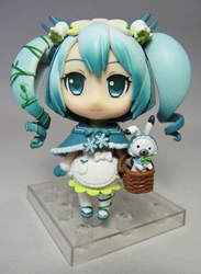 Vocaloid 3.25 inch figure - Wintertime Hatsune Miku (with bunny in basket) Xin Hao, Vocaloid, Action Figures, 2015, anime, japan