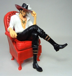 One Piece 5.3 inch Figure - Dracule Mihawk sitting in red armchair (chinese release) China, One Piece, Action Figures, 2015, anime, japan