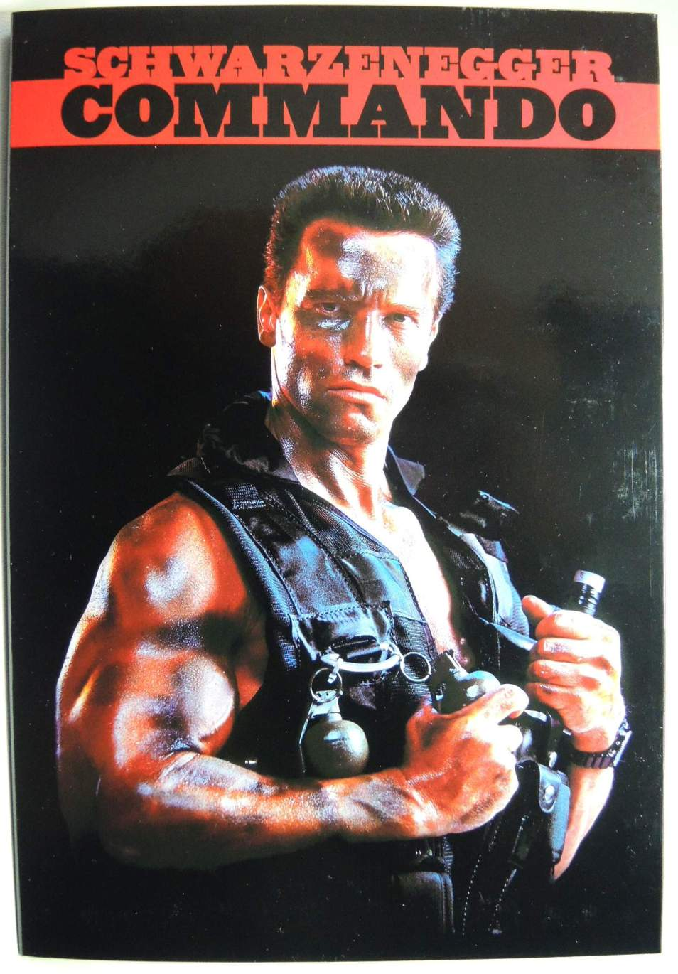 NECA Scharzenegger Commando 30th Anniversary John Matrix Figure