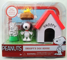 Peanuts Snoopys Dog House Set with Woodstock Just Play, Peanuts, Action Figures, 2015, Christmas
