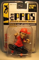 The Pros Skateboarder 2.5 inch fig - Caine Gayle (red) Toy Zone, The Pros, Tech Deck, 2003, sports